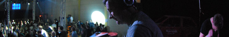 decibel-music showcase photo 4.jpg